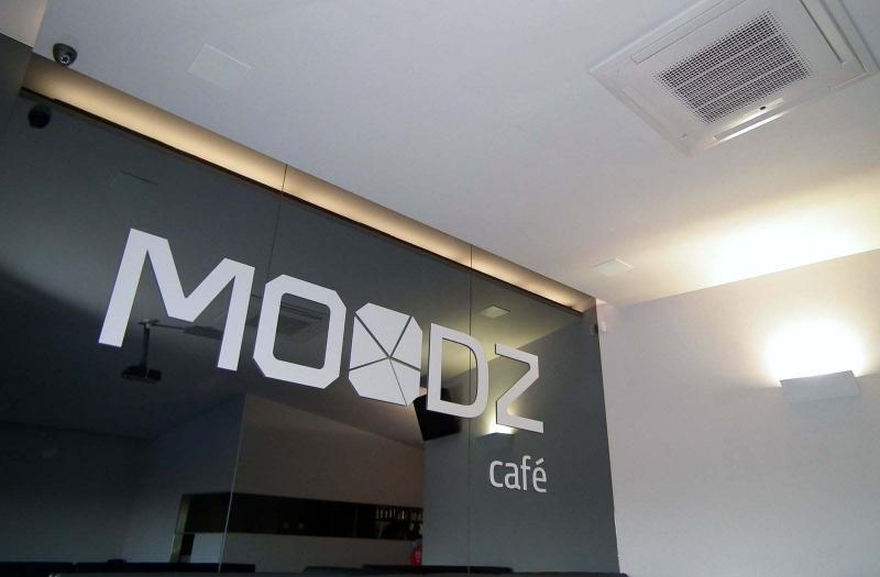 MOODZ CAFE